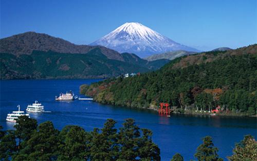 photo © japanjourneys.co.uk